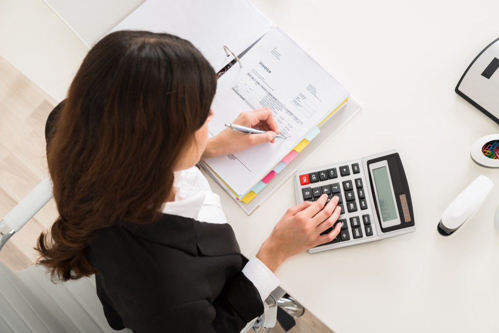 Accountant computing tax