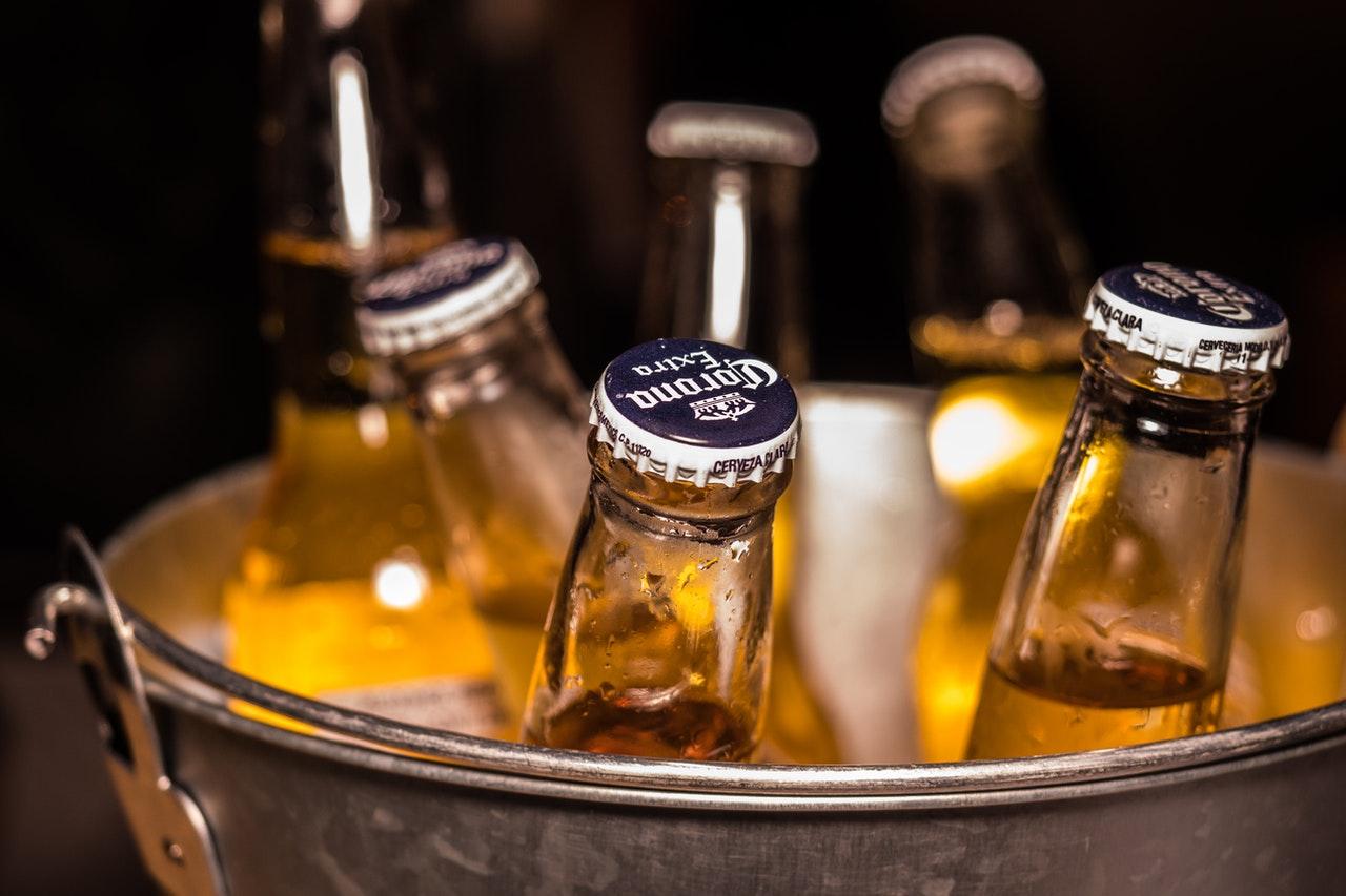 bucket of corona cerveza